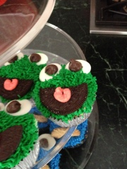 Not Your Normal Steam - Oscar Cupcakes